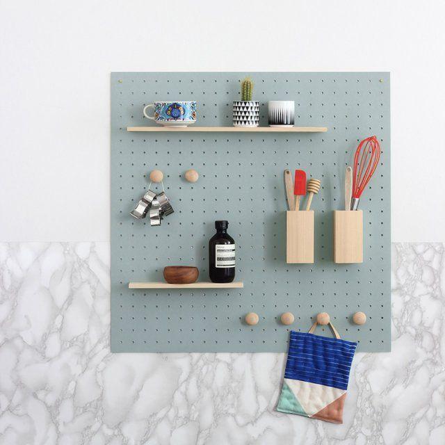 13 DIY pour fabriquer un organiseur mural de bureau   Rangement mural cuisine, Rangement mural ...