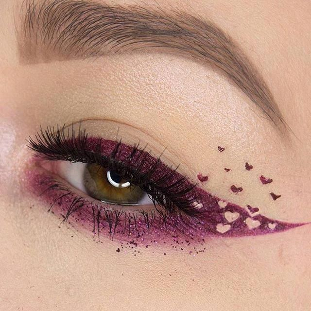Never too early to start posting fun Valentine's Day makeup, right? Love this crazy cool cat eye with hearts by @phunky…