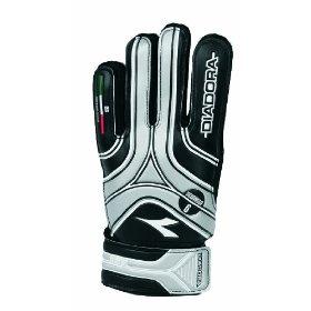 Diadora Scudetto Goal Keeper Gloves, via https://myamzn.heroku.com/go/B003XGS5UK/Diadora-Scudetto-Goal-Keeper-Gloves