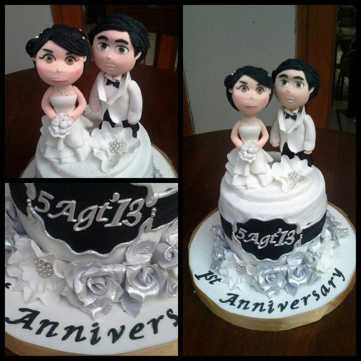 1st Anniversary cake, white-black-silver