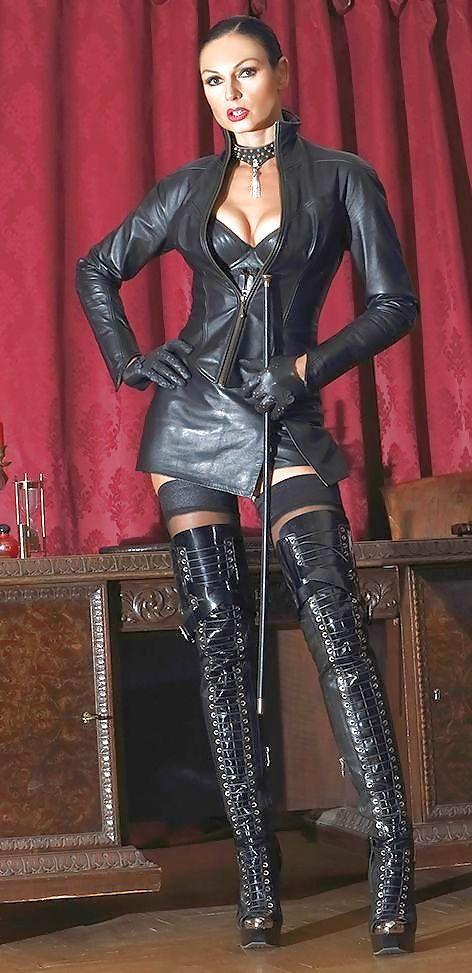 Mistress dresses up slave xxx worship two 8
