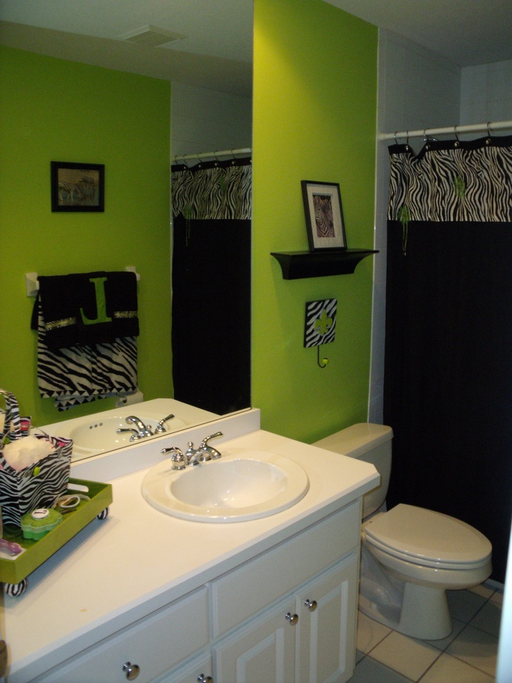 Lauren 39 S Zebra Bathroom Ocala Fl Annies Bedroom Makeover Ideas Pinterest Powder Room