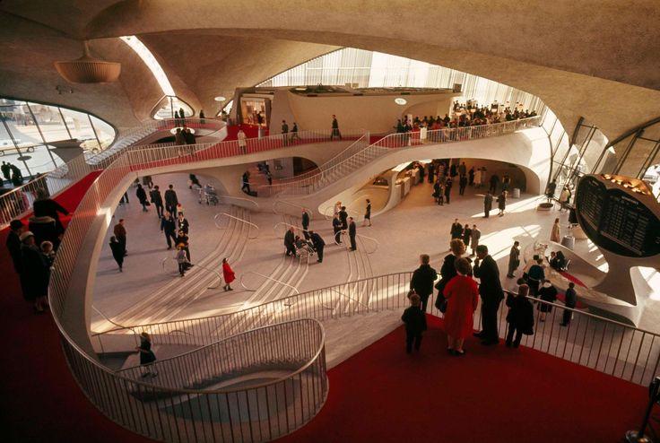 Eero Saarinen   Trans World Airlines Terminal   New York,USA   1960 ©
