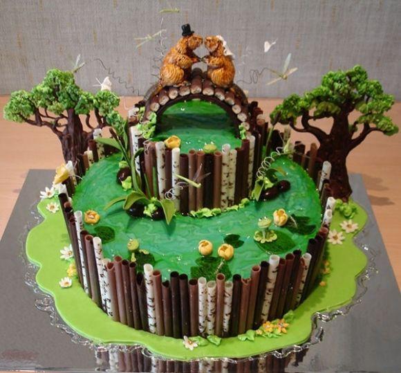 Свадебный торт в лесной тематике