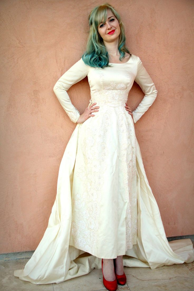 Vintage 50s Wedding Dress in Dutchess Silk Satin and Alencon Lace ...