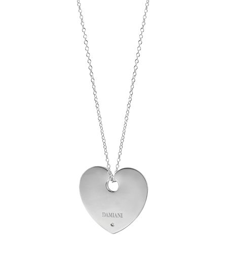 #Collana in argento, ciondolo a cuore con un #diamante di Damiani; disponibile da Bortolin Gioielli: www.bortolingioielli.it/prodotti
