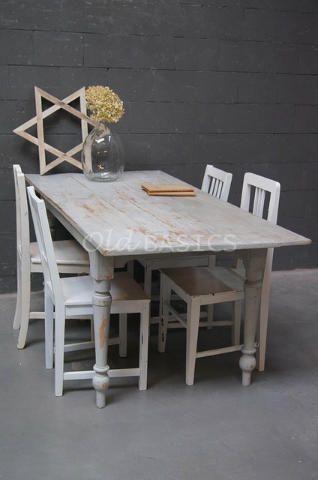 25 beste idee n over brocante eettafels op pinterest gerenoveerde eettafels verf houten - Tafel een kribbe stijl industriel ...