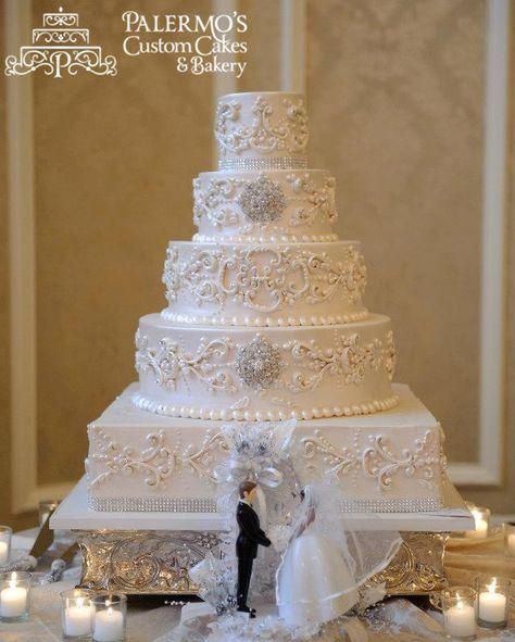 Wedding Cake Scrolling Pearl
