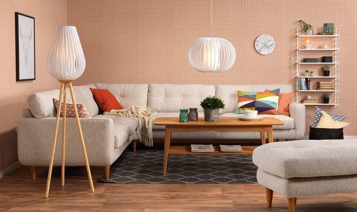 Retro vardagsrum med Alice soffa och fotpall. Em home