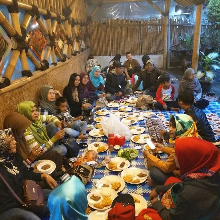 Acara buka bersama alumni smp pasundan 7 Bandung