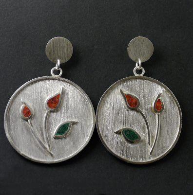 Aros de plata con mosaico de piedras