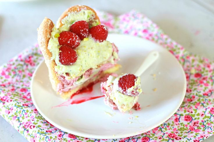 ... - Strawberry and Pistachio Charlotte Cake The Happy Cooking Friends