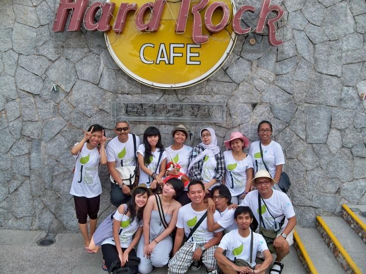 Sawadikaap. Juara goes to Pattaya & Bangkok 2011