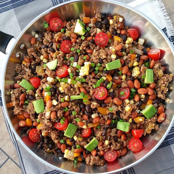 Clean Eating 15 minute Taco Dinner Skillet Recipe http://cleanfoodcrush.com/taco-skillet/