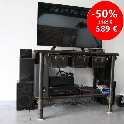 un meuble industriel pour votre cuisine avec 3 tiroirs acier à coulisse. Une déco industrielle pour votre cuisine esprit loft, cet etabli d'usine ou d'atelier retrouve une autre vie www.loftboutik.com