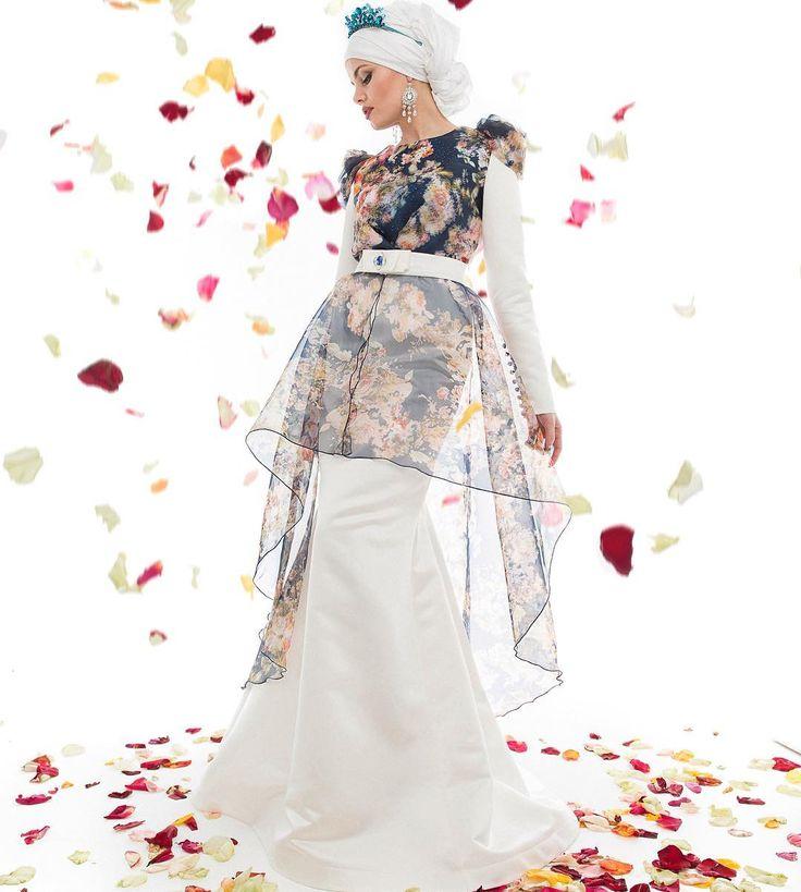 Wedding muslim dress Dream Принимаем заказы на пошив платьев.  Наряд в наличии…