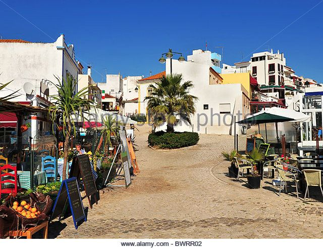 The small village and backstreets of Alvor, Algarve, Portugal - Stock Image