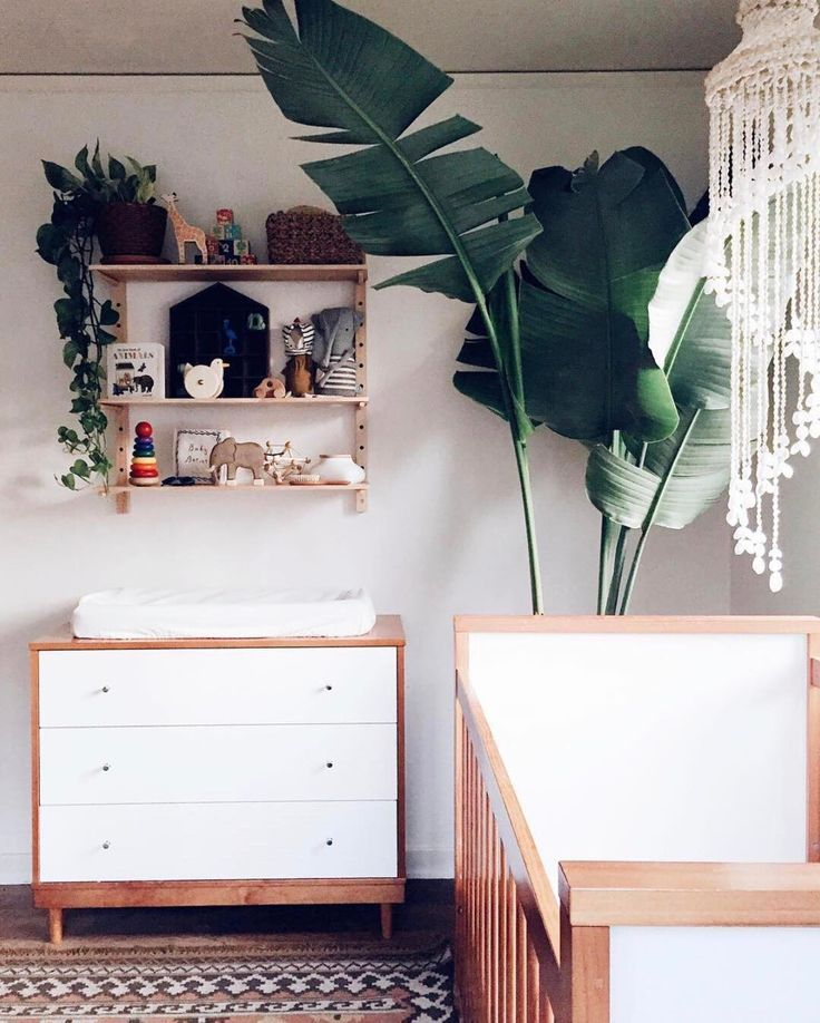 nursery inspiration from /calivintage/