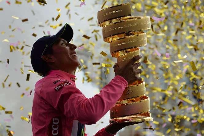 Nairoman    En la victoria más grande del ciclismo colombiano, el primero de junio Nairo Quintana alzó el trofeo que lo consagró campeón de la edición 97 del Giro de Italia. Nairo Quintana - Reuters