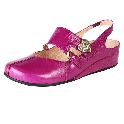 Hot pink summery sling backs for a STEAL right now at ww.theshoelink.com.au