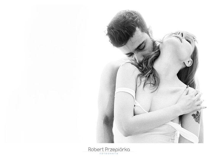 Sesja buduarowa Warszawa dla Megi & Murata fot: Robert Przepiórka modele: Megi i Murat cala sesja buduarowa tutaj:  https://robertprzepiorka.pl/category/sesja-buduarowa/ #sesjabuduarowa #lingerie #boudoir #boudoirphotography #coupleboudoir #nude #love