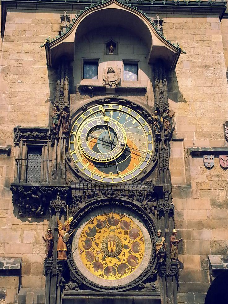 Prága, Asztronómiai óra