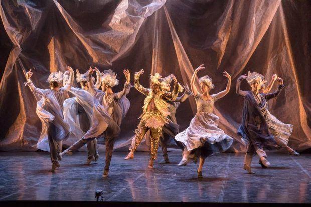 Opéra : Les AMANTS MAGNIFIQUES magnifiés à Rennes Les Amants magnifiques étaient donnés par un Opéra de Rennes qui ne cesse de surprendrepar l'originalité de sa programmation. Avec la renaissance des Amants magnifiques, un nouveau stade est atteintqu'il seradifficile d'égaler. Le spectacle offert par les nombreux intervenants, musiciens,... https://www.unidivers.fr/opera-amants-magnifiques-lully-moliere/ https://www.unidivers.fr/wp-content/uploads/2017/01/