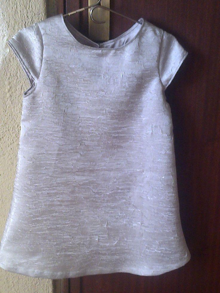 vestido cinza da Matilde