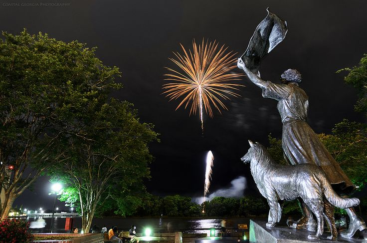 Fireworks over the Savannah River with the Waving Girl