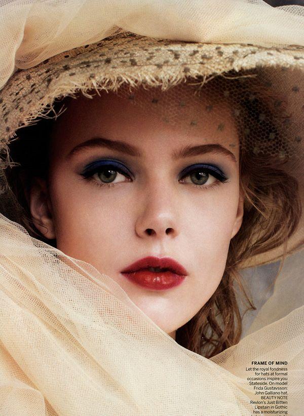 straw Hats, Makeup, Beautiful, Red Lips, Fashion Photography, Arthur Elgort, Blue Eyeshadow, Vogue China, Frida Gustavsson