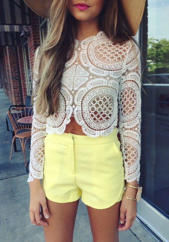 Here are the new trends for this summer fashion. Denim shorts, chiffons, floral prints are the most selected pieces in women's fashion. You can share the ones you like the most with your friends on Pinterest etc.