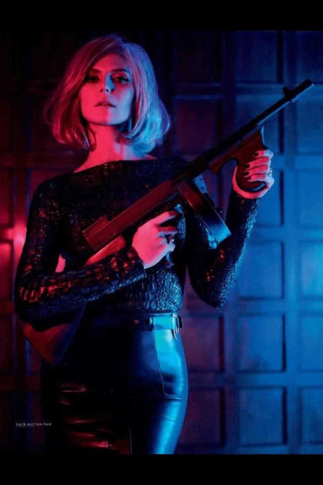 Bond girl sonoma film fest 2013 james bond party costumes pinterest bond girl heidi klum - Deguisement james bond girl ...