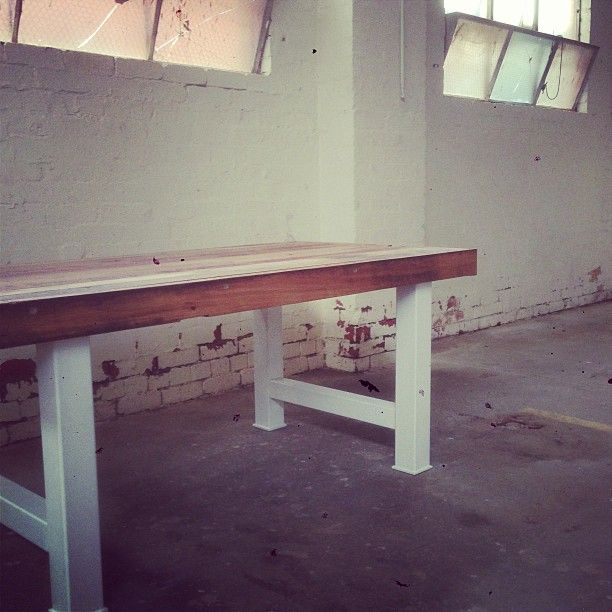 Great metal and reclaimed wood table - 2ndchancetables