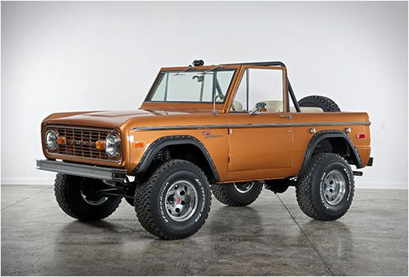 best 25 classic ford broncos ideas on pinterest ford bronco ford suv cars and ford. Black Bedroom Furniture Sets. Home Design Ideas