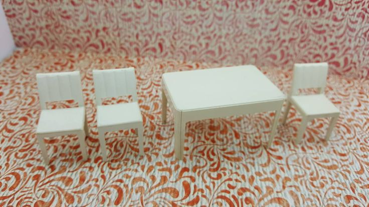 Marx Kitchen Table and Chairs White Hard Plastic Toy Dollhouse Traditional Style MCM