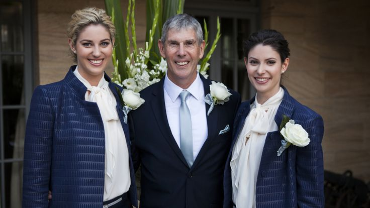 Brisbane dad and daughters go with 'groomsmaids' instead of best men