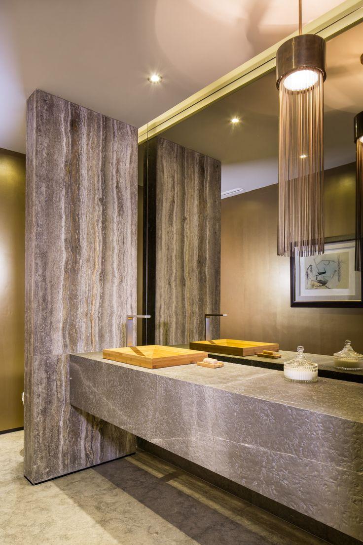 Baño de visitas en Penthouse por Ana Landa de Línea Vertical www.linea-vertical.com