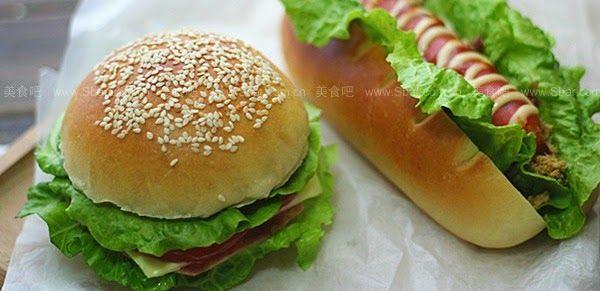 Συνταγές για μικρά και για.....μεγάλα παιδιά: Πως να κάνουμε ψωμάκια hotdog και burger εύκολα!