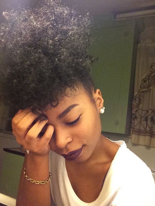 ★ love this high puff http://www.shorthaircutsforblackwomen.com/natural-hair-puff/: au natural : natural hair : 4c hair : afro : love thy fro : protective styles :