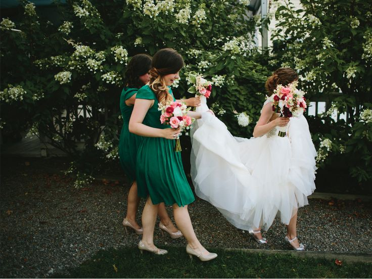 Emerald green bridesmaid dresses - LOVE  Bridesmaid Duties in Detail | Photo by: Lime Green Photography | TheKnot.com