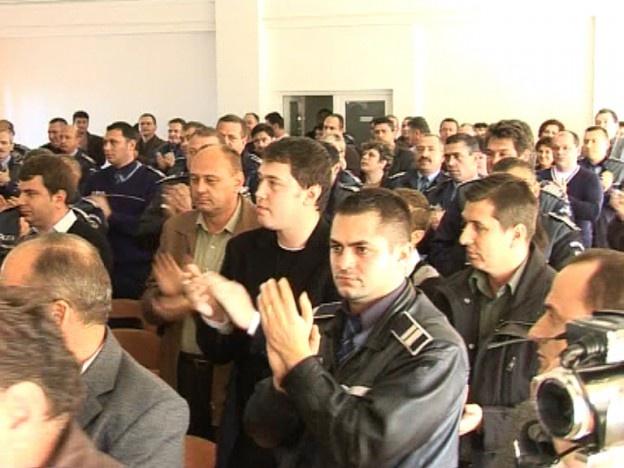 Membrii nemțeni ai Sindicatului Național al Agenților de Poliție critică proiectul privind indicatorii după care vor fi evaluaţi poliţiştii din structurile de ordine publică.