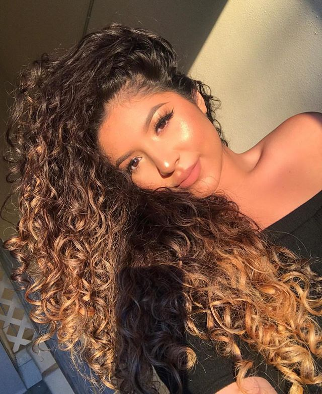 @nessaaa_g Bounce Curl Beauty ❤️❤️❤️ The lighting and curls are EVERYTHING #bouncecurl