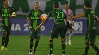 Brazil football team Chapecoense in Colombia plane crash - BBC News