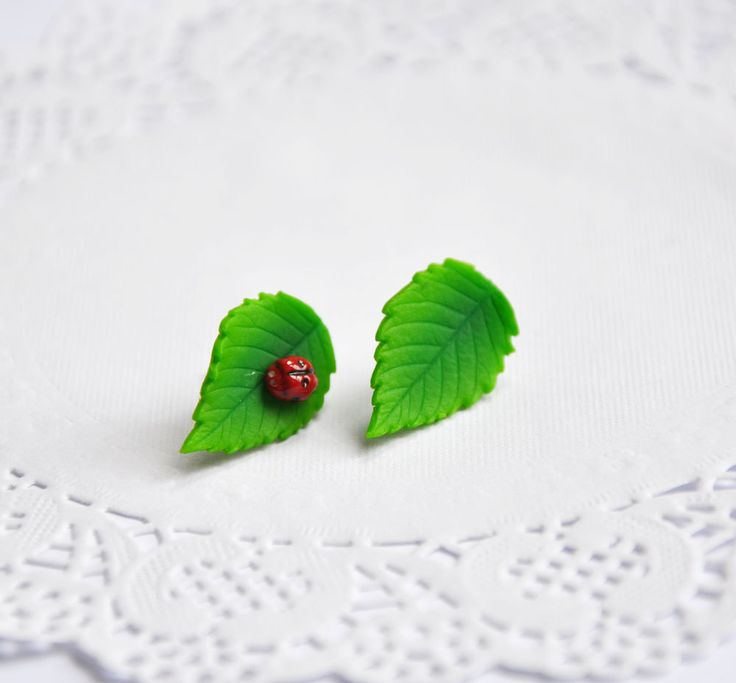 Green leaf stud, red ladybug, Polymer clay jewelry, red and green, ladybug,Nature earrings, the original gift, for women, polymer clay - pinned by pin4etsy.com