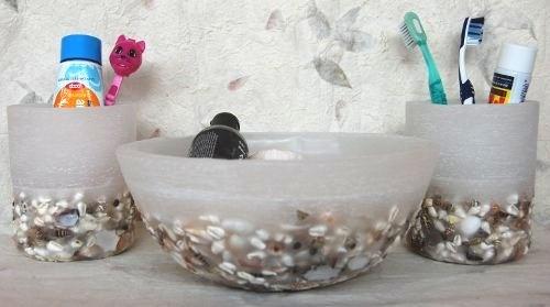 bathroom set in wax and shells