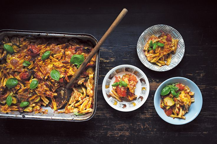 Pasta bake featured on https://www.instagram.com/hellolunchlady/ Lunch Lady Magazine available at http://shop.hellolunchlady.com.au/