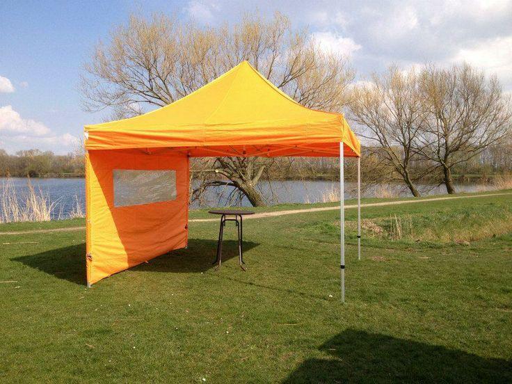 Nederlands elftal op naar de 1/4 finale op het wk2014. Wij hebben oranje tenten