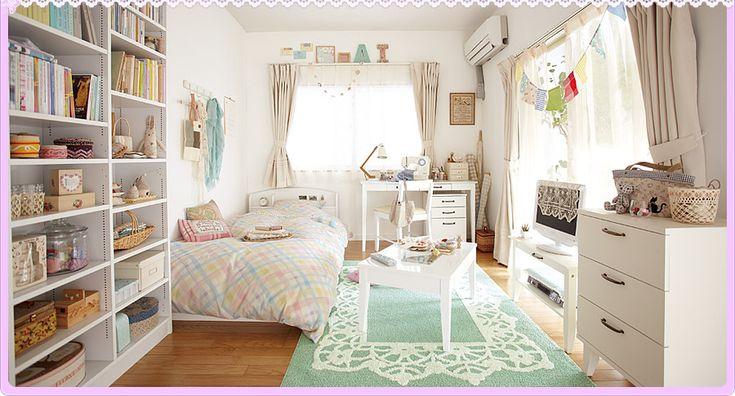 ひとり暮らしのお部屋コーデ:シンプル&ロマンティック編