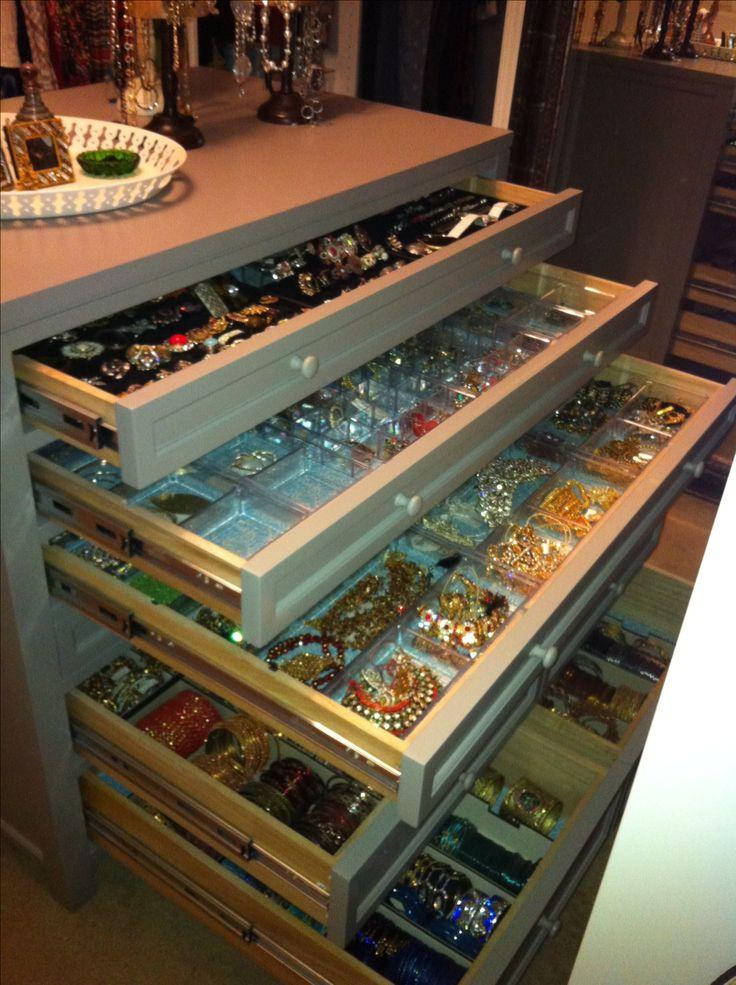 Flat file dresser for jewelry storage