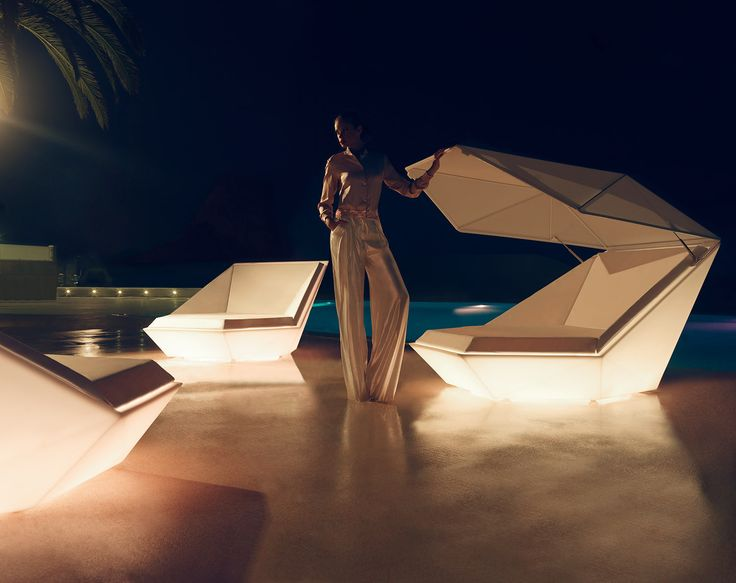 Faz collection, outdoor sun pods with LED feature